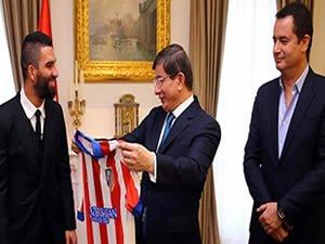 Arda Turan ve Acun Ilıcalı'dan Başbakan ziyareti