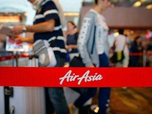 Endonezyalı aile 'AirAsia uçağını' şans eseri kaçırdı