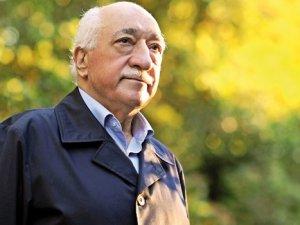 Fethullah Gülen, Duygun Yarsuvat'a dava açtı