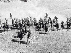 Türk'e kurşun sıkmayan 200 sosyalist Yunan asker İzmir'de anılacak