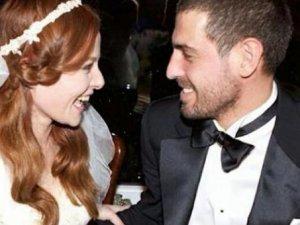Naz Elmas evlendi