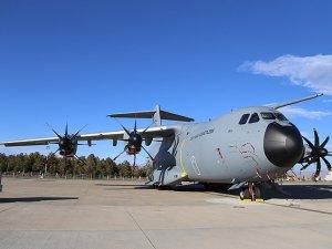 """A400M ilk """"transatlantik"""" görevini tamamladı"""
