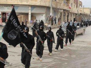 IŞİD, 'bayrak yakma' gerekçesiyle 170 kişiyi kaçırdı