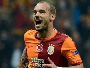 Juvetus, Sneijder'i istiyor
