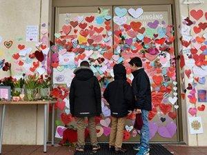 İsveç'te cami kundaklama olaylarına kalpli cevap