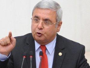 AKP'li Mehmet Metiner: Yüce Divan'a güvenmiyoruz