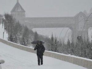Ankara'da kar tatili uzatıldı