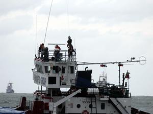 Samsun'da kuru yük gemisi karaya oturdu, mürettebatın tamamı kurtarıldı