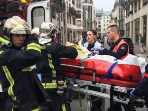 Fransa'da kanlı mizah: 12 kişi öldü