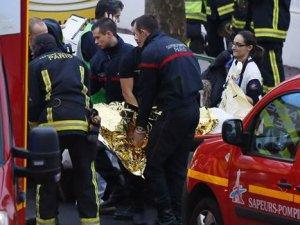 Paris'te polise saldırı, 1 polis hayatını kaybetti