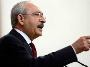 CHP lideri Kemal Kılıçdaroğlu'na ayakkabılı protesto