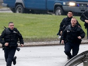 Fransa'da Yahudi marketine saldırı