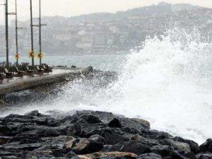 İstanbul'da vapur seferlerine hava muhalefeti