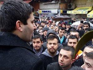 Taksim'de Doğu Türkistan müdahalesi