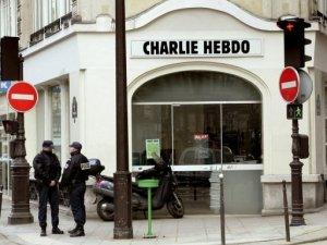 Dünya, Charlie Hebdo için sokağa indi