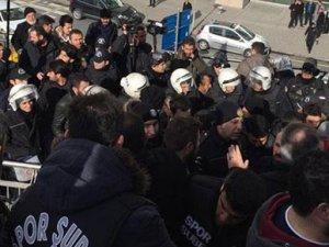 Trabzonspor taraftarlarına müdahale
