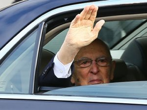 İtalya Cumhurbaşkanı Giorgio Napolitano istifa etti