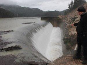 Baraj taştı ancak korkulan olmadı