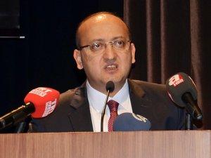 Yalçın Akdoğan'dan Cumhuriyet Gazetesi'ne eleştiri