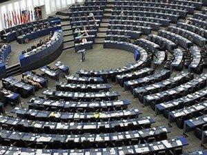 Avrupa Parlemantosu'ndan Türkiye'ye sansür uyarısı