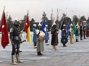Tasarımcı: 16 savaşçıdan en çok Osmanlı kıyafeti zorladı
