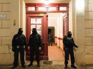 Berlin'de 2 Türk vatandaşı gözaltına alındı