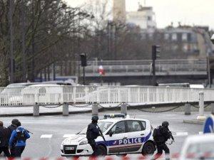 Paris'te bir rehine krizi daha