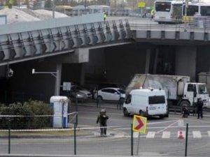 Zincirlikuyu Metrobüs Durağı'nda bomba paniği