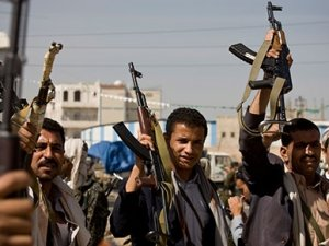 Yemen'de Cumhurbaşkanlığı Sarayı kuşatıldı