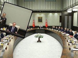 Atatürk portresi Bakanlar Kurulu'nda yerini aldı