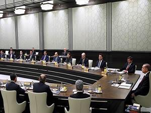 Bakanlar Kurulu'nu toplayan Cumhurbaşkanı'na bir eleştiri de Akif Hamzaçebi'den