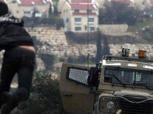 Batı Şeria'da 9 Filistlinli gözaltına alındı