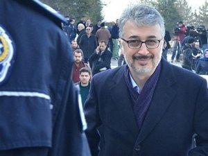 TÜBİTAK eski Başkan Yardımcısı Hasan Palaz teslim oldu