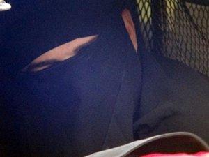 Mardin'de çarşaf giyen erkeklerin sırrı çözüldü