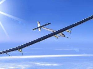 Güneş enerjili uçaktan rekor denemesi