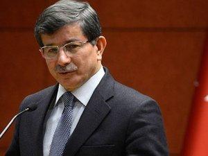 Başbakan Davutoğlu, Davos'ta basın toplantısı düzenledi