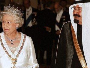 Kraliçe II. Elizabeth artık en yaşlı hükümdar