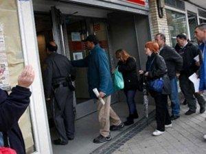 İşsizlik maaşı başvuruları  3 yılda 2'ye katlandı