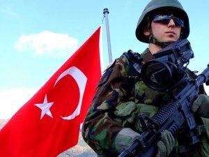 Asker pozu verene 2 yıl hapis cezası verilecek