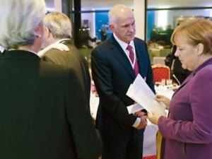 Yunanistan'da başbakan değiştiren fotoğraf