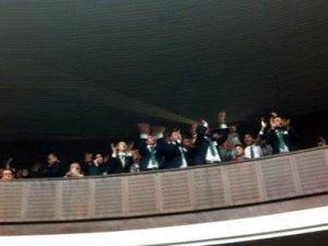 Davutoğlu grup toplantısında Erdoğan sesleriyle karşılandı