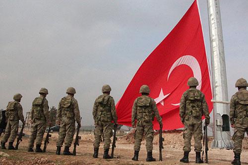 Ayn-El Arab(Kobani) Sınırına Dev Bayrak