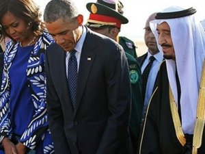 Riyad'da başörütüsü takmayan Michelle Obama'yı, Beyaz Saray savundu