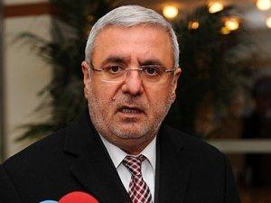 Ak Parti'den Şamil Tayyar ve Mehmet Metiner'e ikinci uyarı