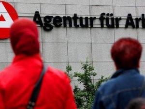 Almanya'da işsizlik oranı yüzde 7'ye tırmandı