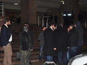 14 polise tutuklama talebi