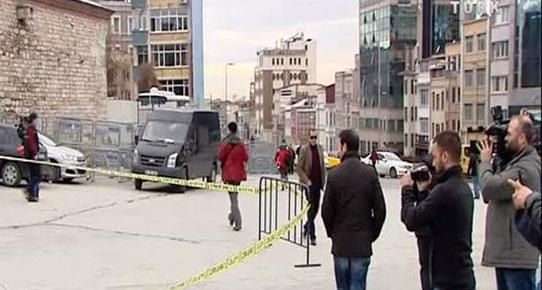 Taksim'de Polis noktasına silahlı saldırı
