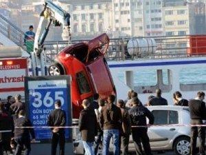 Bilirkişi raporuna göre Sirkeci'de Ece Su'yu öldüren arabalı vapur faciasında anne yüzde 45 kusurlu!
