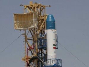 İran, uzaya uydu fırlattı