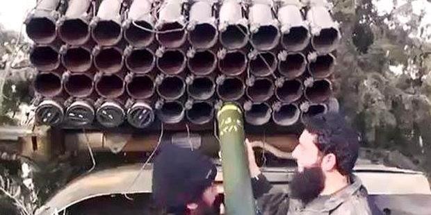 IŞİD, Ayn-El Arab'a füzelerle saldırıyor